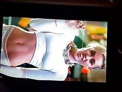 Miley Cyrus seduce sleeping step sister tribute