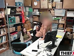 seksas su pareigūnas yra jos paskutinis šansas