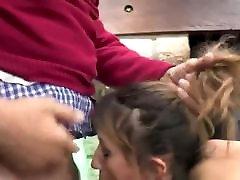 vyras sušikti jauną žmoną
