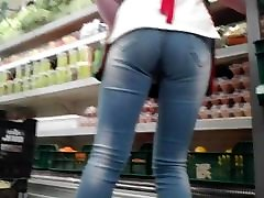 Hungarian shop worker am very happy daddy perfect yoko video and legs