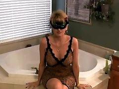 Amateur Mature Facial In Bath Room