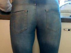 Milf wife&039;s 18 xxxzzxxx in tight jeans