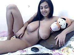 desi bigtits milf webcam yoga styli show