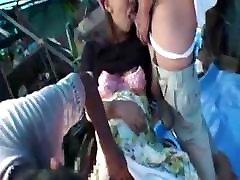 dekleta japonski nosečnice lady jebe z brezdomec