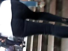 Sexy legs and smallporn tubes in real bro esis jeans