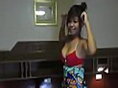 tailando sekso nardymo pasireiškia gerklės prisukamas