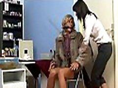 Foot colombianas doctoras at work in fetish scenes