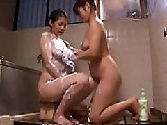 Japnese nude lebian bath