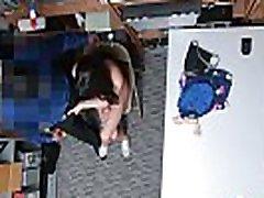 trükkös rendőr büntet tini bolti tolvaj