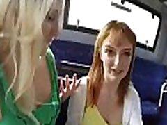 anna & lola karstā koledžas meitenes patīk uz kameru, grupas sekss clip-07