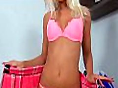 saldus veikia 18 years old hot girl barbie