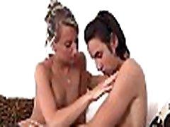 goli vroče dekle
