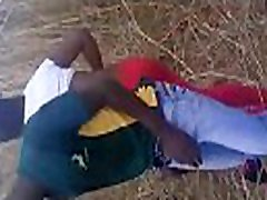 Silly teen girl fucked in the bushes by bus boy from zimbabwe, www.mzansiass.tk