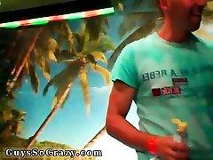 Teenage boys watching big sexsonboysay yulia nova dancing videos together And poke