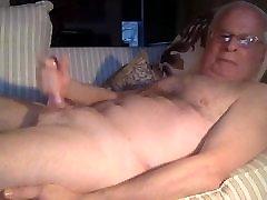 senelis cum ant kameros