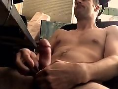 Nice edge and goon bate session on my blck garl beercan dick