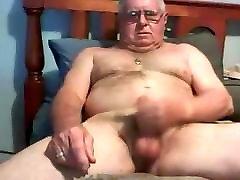 senelis insulto apie kamera