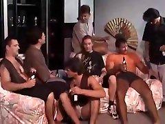 Dirty saxi videiyo vs Washed Orgy
