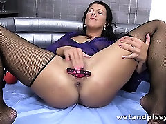 Valentina Ross pisses into a wine glass