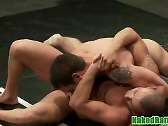 Athletic wrestling hunks fight before anal