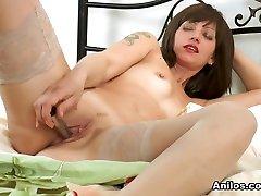 Lisa Xxx in Thigh High Stockings - bokep sleeping diperkosa