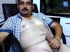 Chunky turkish bear jerking off