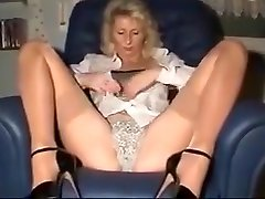 The neighbor entertains her pussy