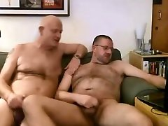Hairy roommate leads playing with daddy