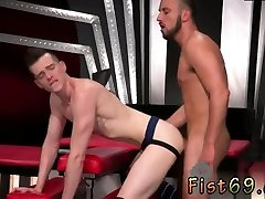 Teen ride on couch with husband gay xxx Sub hump pig, Axel Abysse crawls on