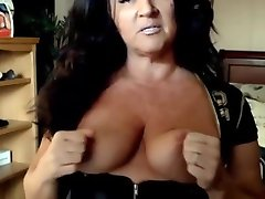 Sensual mature suzette with sexy smile fucks hairy pussy