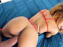 Hot ngentot dengan sunny leone Teen Ravaged by Big Cock!