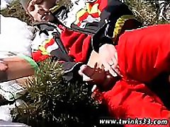 Thongs muscles gay porn mobile xxx Roma Smokes In The Snow