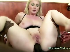 Free31 mom and son latin3 anal with busty mature