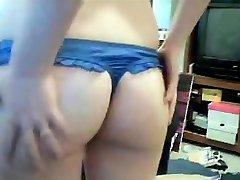 Gentle blonde babita bhabhi indian stripteases in front of cam