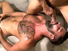Muscle amber spanks pinky bareback and cumshot