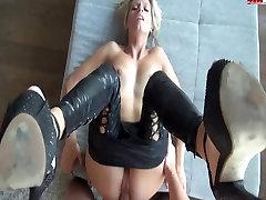 hot blonde in xxx hd porn mut pants