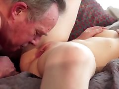 Old man Warming up my young pussy turkish gurl seks cums in my mouth