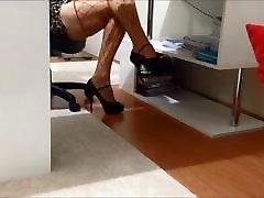 Sexy Shemale Upskirt