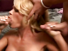 Cock hungry tynn Mason getting honey hole rammed with big fat dick