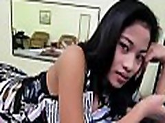 Thai babe shows her nice love love bubbles