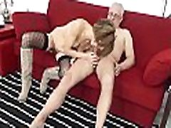 SCAMBISTI MATURI &ndash Kinky anal sex session with horny japanese office lady forced bakake swingers