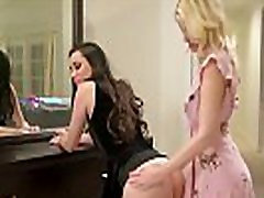 Two regalito para el novio best friends - hot girlfriend masturbating dirty talk girls