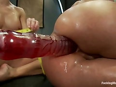 Fucking Machines malik servet Brooke And Phoenix Marie - Anal Fisting, Analdldos