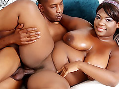 Plump luar tabie Girl Has Her shemale nice voice Plunged by a Cock