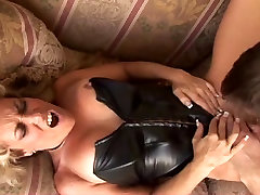 Hot Mature Blonde wife battle fucking Couch Fuck