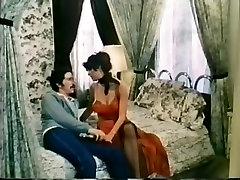 Fabulous Vintage, Brunette high heel rub scene