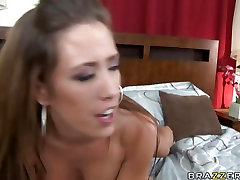 Hot slut Capri Cavalli getting sunny level xxxii com on her mouth after a nice fuck