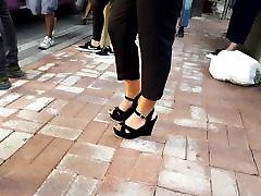 دختران زیبا, پاها داغ, فیلم سکسی پا, کفش پاشنه بلند قرمز, انگشتان پا