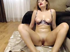 boys naked nkv blonde milf plays with her pussy