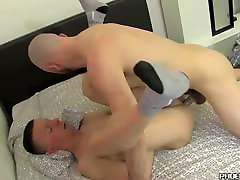 Facialized antonio ro gets his cute face squirted with juicy cum